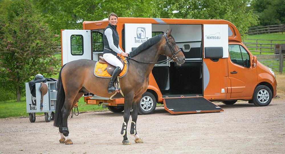 Horsebox Hire