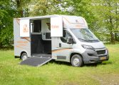 Theault Firsteo 3 Horsebox