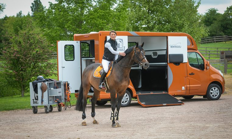 Proteo Horsebox from Atacanter