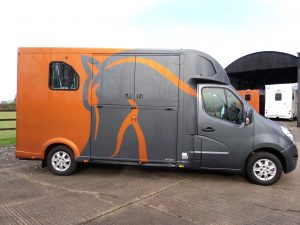 New Thealut horsebox for sale