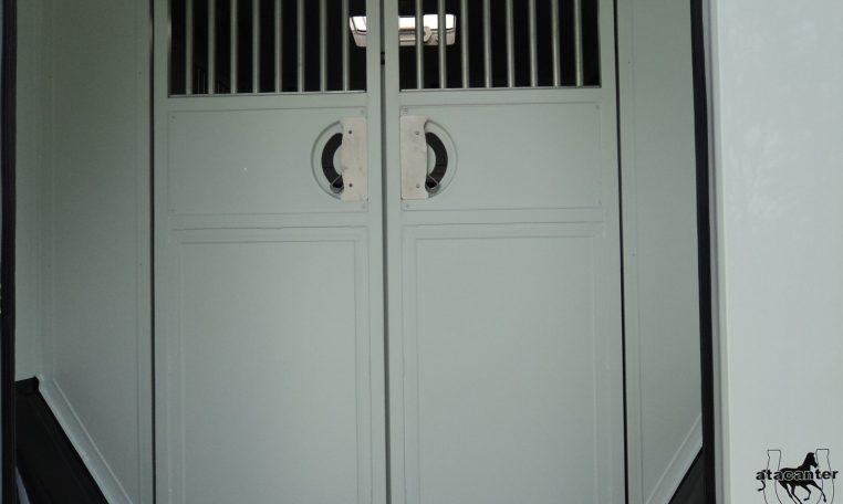 New Horseboxes Uk