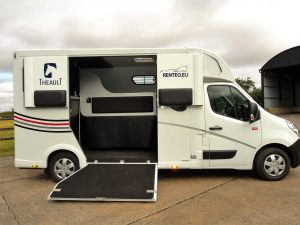 new theault horsebox uk