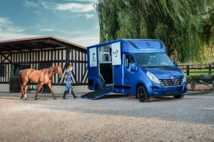 Atacanter Horsebox Hire