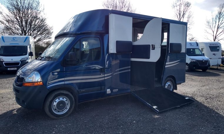 Theault Horsebox 3.5
